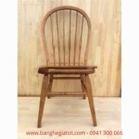 Bàn ghế gỗ dùng cho quán ăn
