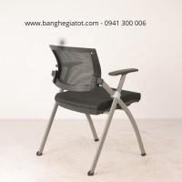 Bàn ghế văn phòng bằng nhôm tiện lợi