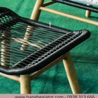Mặt ghế để chân